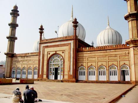S-a decis! Bucureștenii află ce se întâmplă cu Moscheea Centrală!