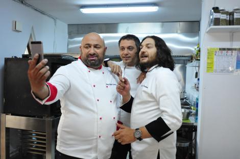 """Chef Florin Dumitrescu, chef Cătălin Scărlătescu și chef Sorin Bontea au livrat telespectatorilor preparatele gătite în finala """"Chefi la cuțite"""""""