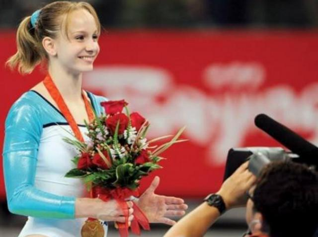 Ce transformare! Este considerată cea mai frumoasă gimnastă a României. Cum arată acum Sandra Izbaşa