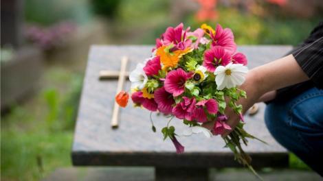 Un bărbat și-a îngropat soția, dar după doi ani a avut parte de șocul vieții sale! Ce a descoperit acesta?