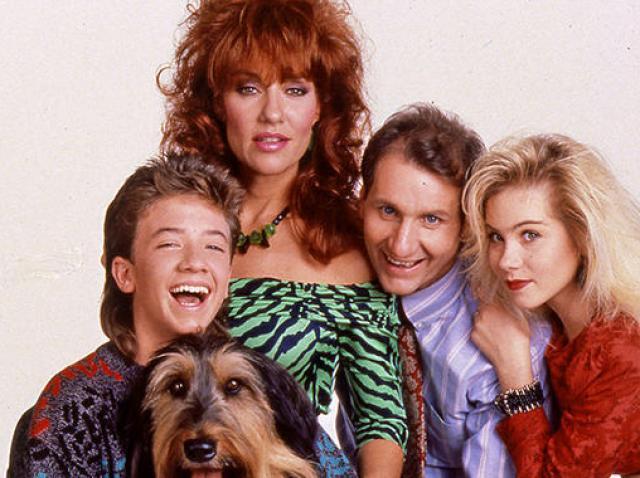 """Nu îi mai recunoşti! Cum arată actorii din """"Familia Bundy"""" după 29 de ani de la lansarea serialului. Transformarea este şocantă"""