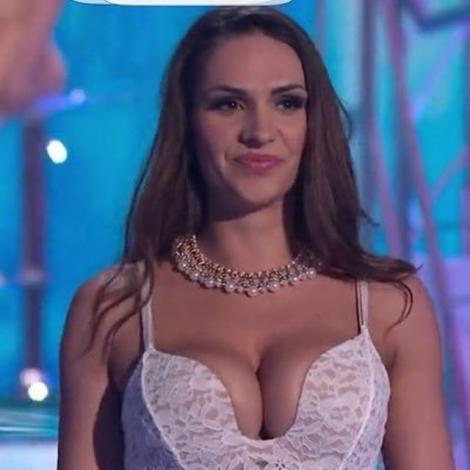 """Momente incendiare într-o emisiune TV. Ioana Avramescu, frumusețea din România care a apărut """"fără lenjerie intimă"""" la """"Ciao Darwin"""""""