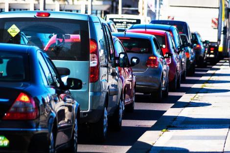Trafic restricţionat în Capitală pentru comemorarea Holocaustului împotriva romilor. Vezi care sunt străzile vizate