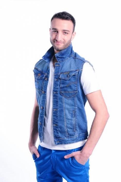 Hamude, copia la indigo a tatălui său iordanian. Mama concurentului de la X Factor le-a arătat fanilor o fotografie rară