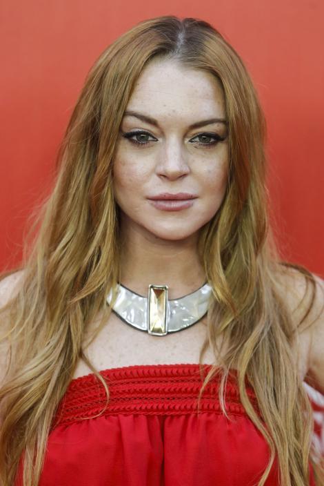 Lindsay Lohan, beată criță înaintea unui interviu valoros! 650.000 de euro pentru apariția sa în cel mai cunoscut show din Rusia. Ce s-a întâmplat