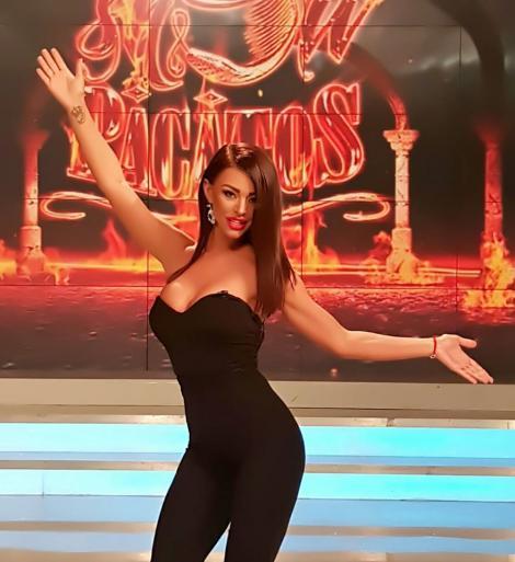 Sexy asistenta lui Capatos a făcut accident în vacanţă! Ana Mocanu și-a ținut fanii cu sufletul la gură!
