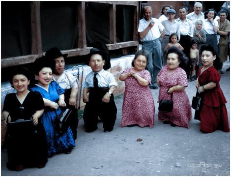 """Incredibila poveste a """"Ovicerilor"""", cei 7 pitici români care au scăpat din cel mai cumplit lagăr nazist. """"M-am gândit că coc pâine. Ne prăjeau, însă, frații!"""""""