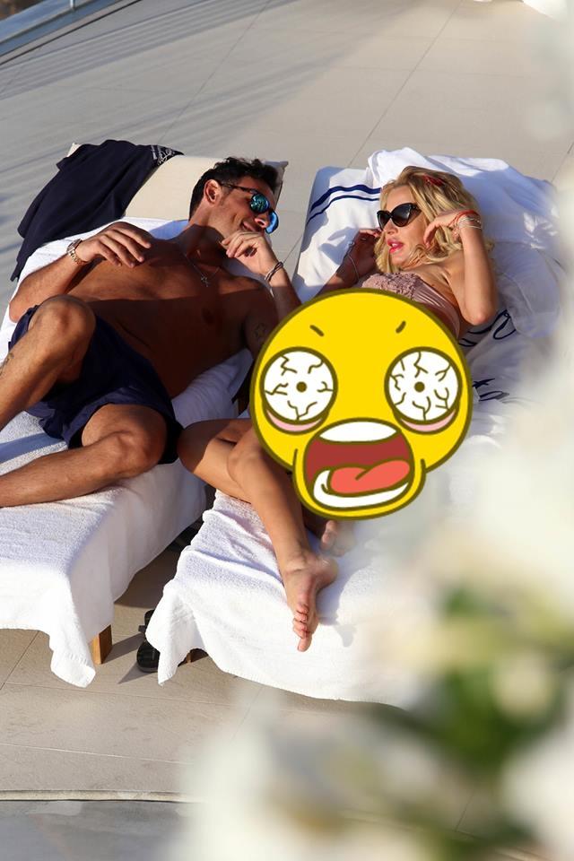 FOTO: O super vedetă e INVADATĂ de CELULITĂ! A vrut să fie SEXY la plajă, dar toţi şi-au pus mâna la ochi