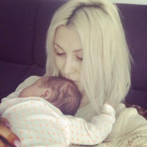Andreea Bălan își dorește și al doilea copil. Este deja însărcinată cu frățiorul Ellei?