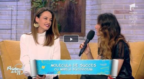 """Andreea Raicu dezvăluie care sunt secretele ținutei perfecte, în emisiunea """"Prietenii de la 11""""! Colecția este iubită de femeile din toată țara!"""