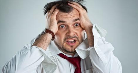 Ce sunt atacurile de panică severe? Vezi care sunt semnele acestei afecțiuni. Te regăsești în descriere?