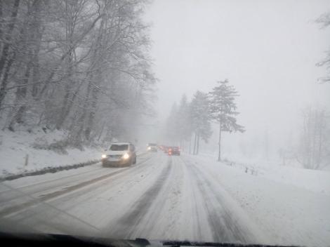 Avertisment ANM! Temperaturile scad brusc în toată ţara şi a fost emis COD GALBEN de ninsoare şi vânt puternic