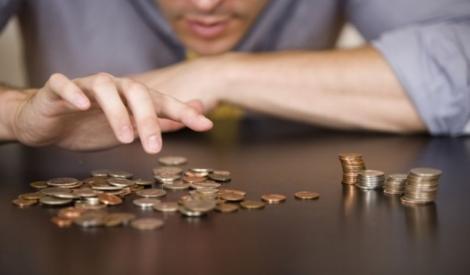 La patron, pe bani mai puțini! Trei milioane de angajaţi din sistemul privat riscă să aibă salarii mai mici, de la 1 ianuarie 2018