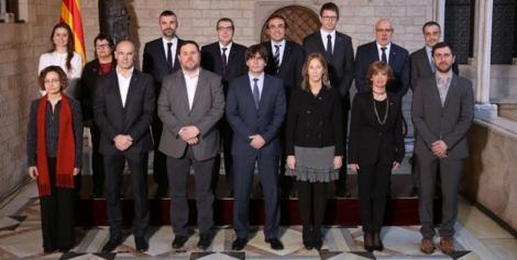 """S-a declanșat operațiunea """"Arestarea"""". Opt dintre miniştrii catalani destituiţi, încarceraţi la Madrid"""