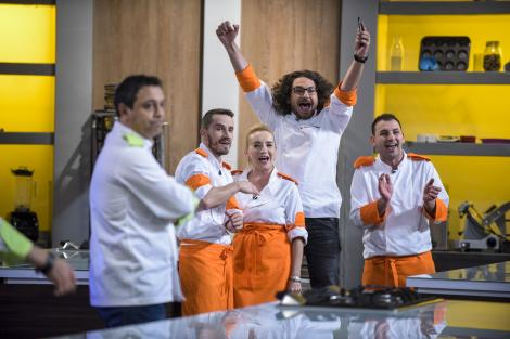 """Farsă de zile mari la """"Chefi la cuțite""""! Dumitrescu a încercat să îl păcălească pe Bontea în cel mai amuzant mod posibil!"""