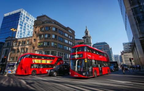 Autobuzele vor circula cu ajutorul unui carburant pe bază de cafea.Totul, pentru a se reduce poluarea