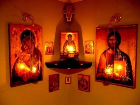 Unde trebuie să pui icoanele dacă vrei ca rugăciunile tale să fie ascultate! Puțini credincioși știu acest detaliu atât de important