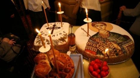 Sărbătoare mare pentru toţi credincioşii: Ce să faci şi ce este INTERZIS în Sâmbăta Morţilor