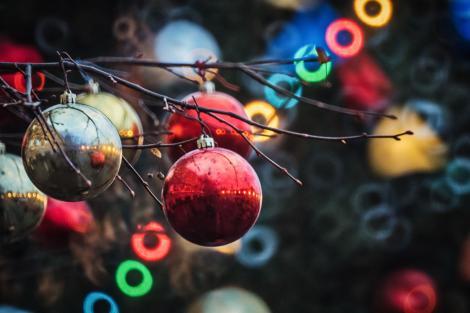 4 tradiții de Crăciun pe care este obligatoriu să le respectați. Îi veți fermeca pe cei mici