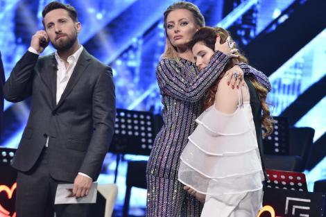 Teodora Sava a părăsit X Factor. Voturile primite de talentata concurentă au fost insuficiente pentru a ajunge în finală!