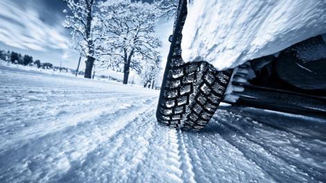De ce fiecare automobil trebuie dotat cu anvelope de iarnă