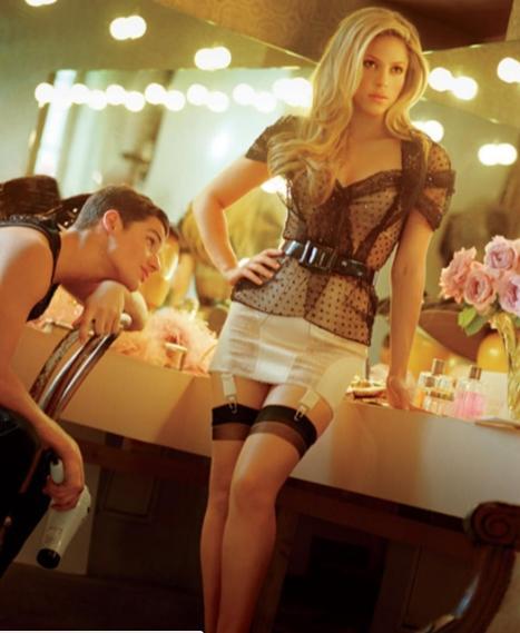 Pique, ce comoară ţii în casă! Shakira a împlinit azi 40 de ani! DA, 40! Imaginile astea vorbesc de la sine...