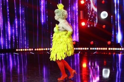"""De la osie și bujie, până la găină, banană sau melc. Costumele concurenților """"iUmor"""" depășeșesc orice limită a imaginației!"""