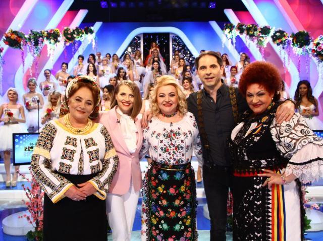 """Maria Cârneci, Laura Lavric, Elena Merișoreanu și Mirela Vaida  pe aceeași scenă, la """"Te pui cu blondele?"""""""