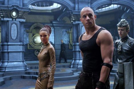 """LA 20.00, numai pe Antena 1, """"Riddick - Bătălia începe!"""". Pregătiți?"""