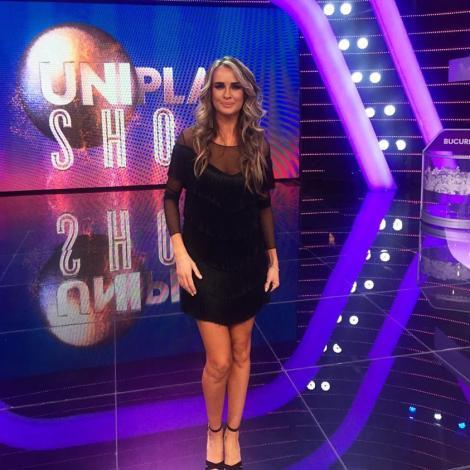 """Așa ceva doar la Uniplay Show vezi! Proba""""Mașina de spălat încurcă la cântat"""": show de show cu Nico, Lidia Buble, Nadir și Ioana Filimon!"""