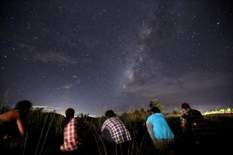 Omenirea va asista la ceva fără precedent! Trei fenomene vor transforma cerul într-un adevărat spectacol! Când va fi ziua cea mare?