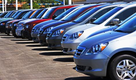 Piața auto din România a înregistrat vânzări mari în 2017! Românii aleg mașini noi sau second-hand?