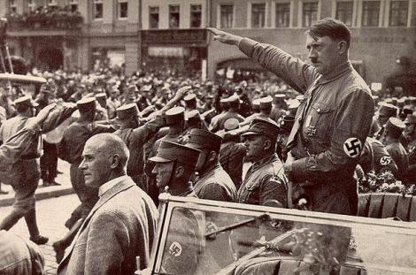 Fotografiile de care nimeni nu știa nimic. Imagini INCREDIBILE cu Adolf Hitler în locuri neobișnuite!
