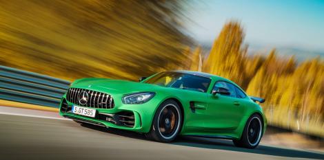 Ești un iubitor al mărcii Mercedes-Benz? Vezi ce modificări au avut loc în noua gamă de motoare Mercedes-Benz!