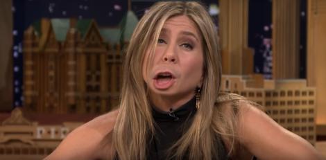 """Râzi cu lacrimi! Jennifer Aniston, în cele mai amuzante ipostaze. Actrița a făcut """"schimb de... buze"""""""