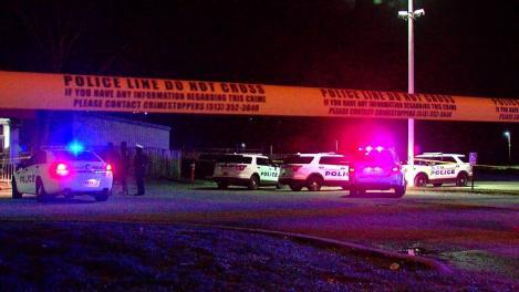 Un atacator a deschis focul într-un club din Statele Unite ale Americii! Bilanț inițial: cel puţin un mort şi 13 răniţi