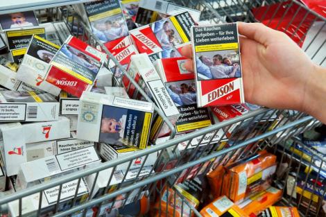 Fotografia unui român aflat în comă, pe pachetele de țigări din toată Uniunea Europeană. Familia a avut un șoc atunci când a făcut descoperirea îngrozitoare