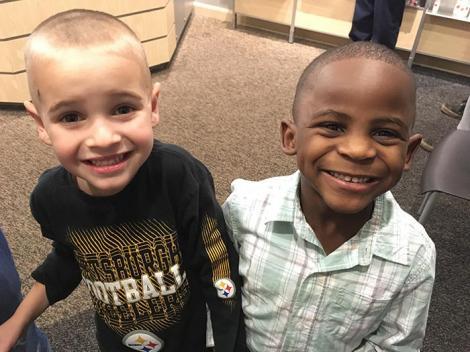 Absolut adorabil! Povestea a doi băieţei ajunsă virală pe internet.Cum au vrut ei să păcălească educatoarea!