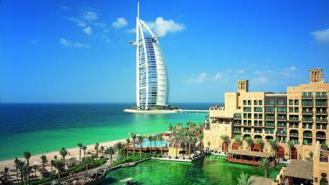 Un român a mers din Dubai și până la Bali, cu o sumă ce te va face să râzi! Marius a dezvăluit secretul călătoritului deștept!
