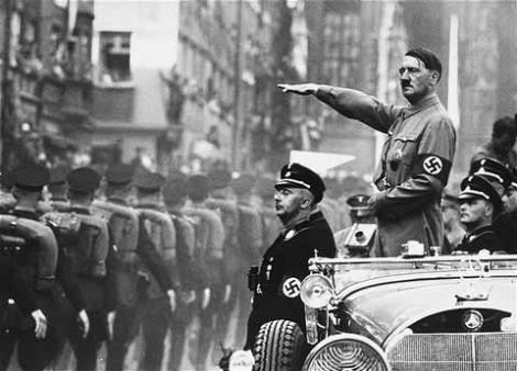 """În SINGURA ÎNREGISTRARE cu vocea normală a lui HITLER, Fuhrer-ul vorbeşte despre ţara noastră: """"M-am temut întotdeauna că Rusia ar ataca România şi ar ocupa zona petrolieră """""""