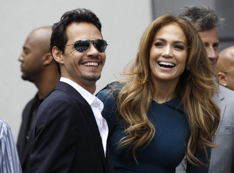 I-a luat-o înainte lui J.Lo! Marc Anthony, veste uriașă pentru fanii din toată lumea: și-a lansat propria aplicație mobilă prin care interacționează cu ei