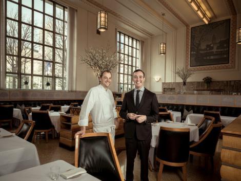 """Poftă bună! """"Eleven Madison Park"""", cel mai tare restaurant din lume! Vezi care este povestea lui! O cină în doi ajunge la 1.000 $!"""
