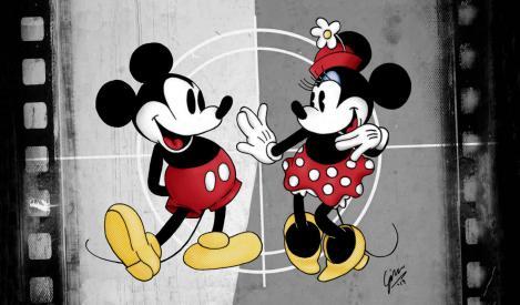 Mickey Mouse împlinește 89 de ani! S-a născut în timpul unei călătorii cu trenul, a câștigat Oscarul și ne-a făcut copilăria mai frumoasă!