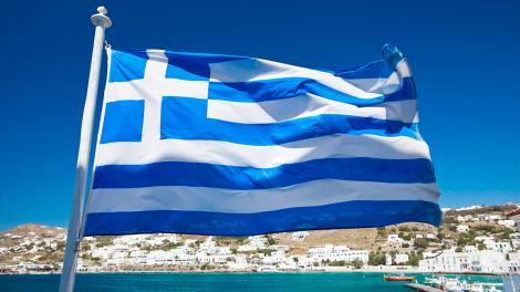 Noile măsuri de austeritate din Grecia provoacă revoltă. Insulele grecești au fost izolate, iar sute de zboruri anulate