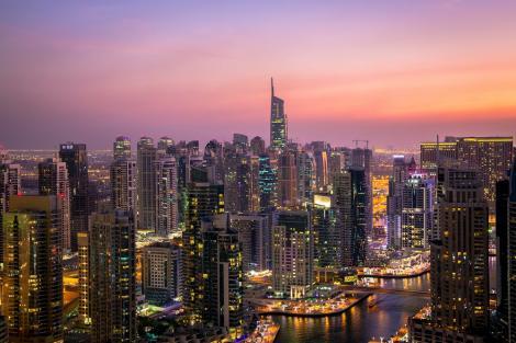 """Dubai, primul oraş din lume care are propriul font Microsoft: """"A fost un pas foarte important pentru noi"""""""