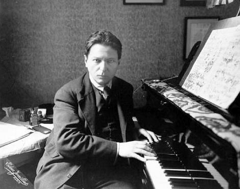 """Lumea a devenit un loc mai sărac atunci când geniul George Enescu a tras, pentru ultima oară, cortina! """"Cum cred în muzica pe care am iubit-o, atât cred şi în Dumnezeu care m-a creat"""""""