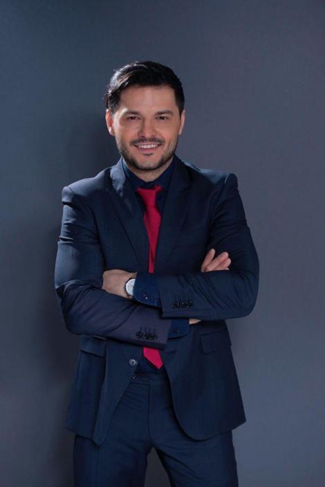 """Liviu Vârciu, provocare LIVE pe Facebook pentru fani: """"Cine scrie, aici, primul, este la televizor!"""". Flick nu s-a putut abține: """"Ce-i asta, mă? Tu ești în Live?"""""""