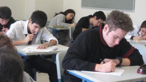 Bacalaureat 2017! Elevii dau luni proba scrisă la Limba și literatura română!