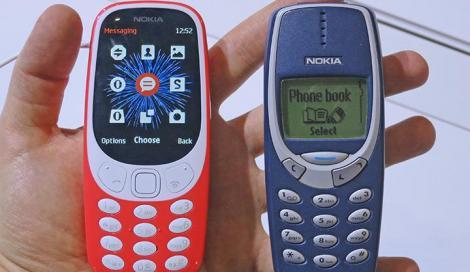 """Cel mai REZISTENT telefon mobil din lume a revenit în România! Dacă şi tu jucai """"Şarpele"""" şi îţi compuneai singur tonurile de apel, trebuie să ştii cât costă noul NOKIA 3310"""