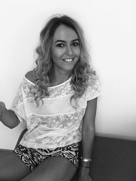 """Imaginea care a înroşit butonul de Like! Nicoleta, concurenta de la """"Insula Iubirii"""", alintată de cele mai sexy ispite. Cum s-a distrat ardeleanca în Thailanda"""